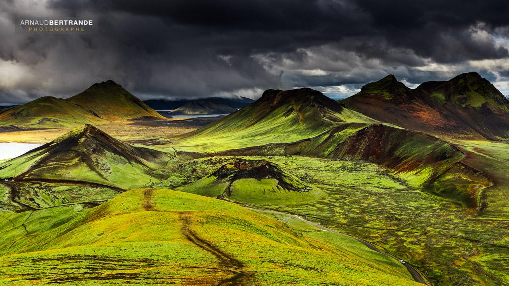 islande i d couvrez les paysages spectaculaires d 39 islande. Black Bedroom Furniture Sets. Home Design Ideas