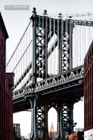 Vue sous le pont de Manhattan