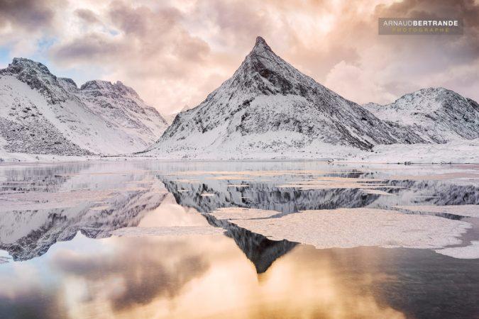Montagne pointue à Fredvang #2