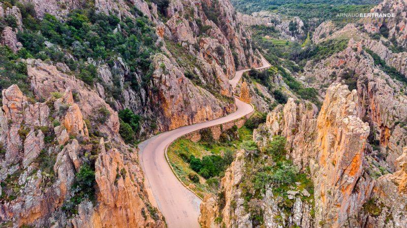 Route-des-Calanches-de-Piana